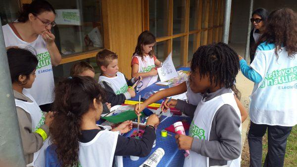 Activité de loisirs créatifs pour les enfants